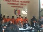 Pesinetron Kriss Hatta ditangkap dalam kasus penganiayaan - foto: Bob/Koranjuri.com