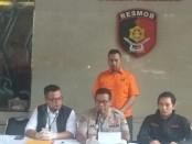 Polisi menangkap pelaku pelecehan seksual yang dilakukan oleh pegawai salah satu rumah sakit di Jakarta - foto: Bob/Koranjuri.com