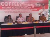Coffee Morning yang dihadiri Kapolda Metro Jaya Irjen Gatot Edy bersama Kadis Perhubungan DKI  Syafrin Liputo, Jumat, 2 Agustus 2019 - foto: Bob/ Koranjuri.com