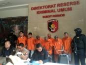 Subdit Resmob Ditreskrimum Polda Metro Jaya mengungkap kasus penipuan melalui media sosial - foto: Bob/Koranjuri.com