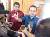 Kepala KPwBI Bali Trisno Nugroho (kanan) bersama Ombudsman RI Provinsi Bali Umar Ibnu Alkhatab - foto: Istimewa