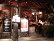 Warung Pregina yang berlokasi di Sanur menampilkan kesan elegan dengan desain tradisional, termasuk menu-menu yang ditawarkan - foto: Istimewa