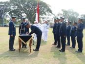 Kepala Staf Angkatan Udara saat menyaksikan penandatanganan berita acara pelantikan dan pengambilan sumpah Setukpa A-22, di Lapangan Dirgantara Lanud Adi Soemarmo - foto: Istimewa
