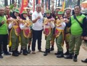 Kontingen Purworejo foto bersama usai meraih juara 2 Lomba Got Tallent dalam Jambore Satlinmas Jateng 2019 di Pekalongan - foto: Sujono/Koranjuri.com