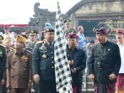 Gubernur melepas Pasukan Napak Tilas Pataka, Panji Panji dan Surat Sakti Dewan Pimpinan Perjuangan Rakyat Bali I Gusti Ngurah Rai Tahun 2019 - foto: Istimewa