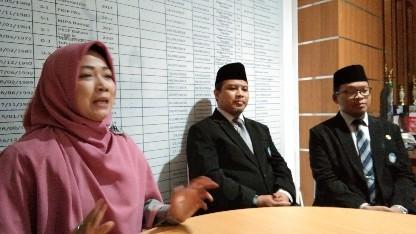 Kartika Dewi, Direktur Al azhar Solo baru - foto: Koranjuri.com