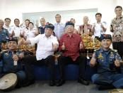 Menteri Perhubungan Budi Karya Sumadi bersama Gubernur Bali Wayan Koster - foto: Koranjuri.com