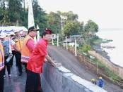 Gubernur Bali Wayan Koster bersama rombongan Komisi V DPR RI meninjau progress pembangunan proyek shortcut ruas Mengwitani-Singaraja di titik 3 dan 4 Bedugul, Kamis, 21 November 2019 - foto: Istimewa