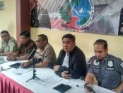 Keterangan pers terkait penangkapan pengedar narkoba di Koja, Jakarta Utara yang dilakukan Unit IV Subdit III Narkotika Ditresnarkoba Polda Metro, Jumat, 6 Desember 2019 - foto: Bob/Koranjuri.com