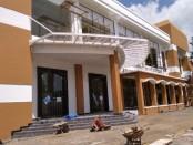 Revitalisasi Gedung Wanita Ahmad Yani di jalan Kolonel Sugiono, Purworejo. Setelah jadi, gedung ini akan berganti nama menjadi Ganesha Convention Hall - foto: Sujono/Koranjuri.com