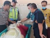 Korban berada di ruang jenazah RSU Muhammadiyah Ponorogo - foto: Istimewa