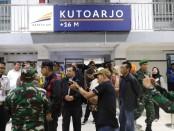 Bupati Purworejo Agus Bastian didampingi Wabup Yuli Hastuti dan jajaran Forkopimda saat mengunjungi sejumlah pos pengamanan Nataru, Selasa (24/12/2019) - foto: Sujono/Koranjuri.com