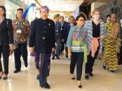 Wakil Gubernur Bali Tjokorda Oka Artha Ardana Sukawati bersama Menlu RI Retno Marsudi menghadiri Bali Democracy Forum (BDF) Ke-12 di Bali Nusa Dua Convention Center (BNDCC), Nusa Dua, Bali, Kamis, 5 Desember 2019 - foto: Istimewa
