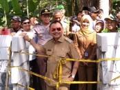 Bupati Purworejo Agus Bastian saat mendatangi Keraton Agung Sejagat (KAS), Senin (20/1) - foto: Sujono/Koranjuri.com