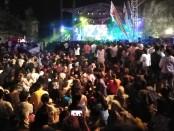 Pesta kembang api terbesar di Bali pada malam pergantian tahun 2020 yang diselenggarakan di GWK dan dihadiri 70 ribu pengunjung - foto: Koranjuri.com