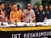 Polda Metro Jaya membongkar praktik kedokteran tanpa izin dengan pekerja asing asal Tiongkok di Sunter, Jakarta Utara - foto: Bob/Koranjuri.com
