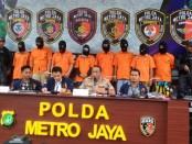 Pelaku pembobolan rekening milik wartawan senior Ilham Bintang diamankan Polda Metro Jaya - foto: Bob/Koranjuri.com