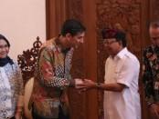 Gubernur Bali Wayan Koster menerima kunjungan Perwakilan ADB Asia Tenggara divisi energi, Florian Kitt, Kamis, 13 Februari 2020 - foto: Istimewa