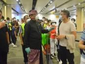 Wagub Tjokorda Oka Artha Ardhana Sukawati melepas penerbangan terakhir ke China dari Bali. Pesawat terakhir menuju China daratan dilakukan oleh maskapai China Southern dengan nomor penerbangan CZ 2626 menuju Guangzhou, Rabu (5/2/2020) pukul 00.30 WITA - foto: Istimewa