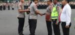 16 Anggota Polda Metro Jaya Terima Penghargaan