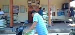 Desa Batuan Gianyar Mulai Salurkan Bantuan Beras Untuk Warga