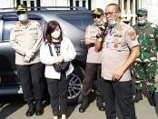 Polda Metro Jaya Bantu Salurkan Sembako dari Pengusaha di Jakarta - foto: Istimewa