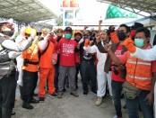 MTR bersama para relawan, TNI dan Polri foto bersama - foto: Koranjuri.com
