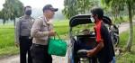 Polsek Gebang Bagikan Puluhan Paket Sembako