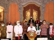 Memasuki bulan Ramadhan 1441 Hijriah, Gubernur Bali Wayan Koster bersama pimpinan majelis lintas agama menyampaikan selamat menjalankan ibadah puasa bagi seluruh umat muslim - foto: Istimewa