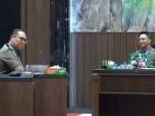 Kasad Jenderal TNI Andika Perkasa menerima audiensi Rektor Universitas Achmad Yani Prof. Hikmahanto Juwana S.H., LL.M., Ph.D., bersama para Dekan di Ruang Bina Yudha II, Markas Besar Angkatan Darat  (Mabesad), Jakarta, Senin, (4/5/2020) - foto: Istimewa