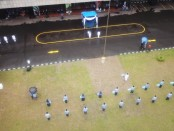 Upacara peringatan Hari Pendidikan Nasional (Hardiknas) 2020 di Halaman Kantor Kementerian Pendidikan dan Kebudayaan (Kemendikbud) Jakarta, Sabtu (02/05/2020) - foto: Istimewa