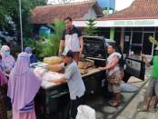Pasar bergerak, salah satu upaya Pemdes Krandegan, Bayan, Purworejo, dalam mengatasi dampak sosial dan ekonomi akibat Covid-19 - foto: Sujono/Koranjuri.com
