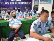 Tim Pokja Pembangunan Zona Integritas Rutan Purworejo, saat mengikuti ujian dari Tim Penguji Internal Inspektorat Jenderal, Sabtu (16/5), dipimpin oleh Karutan Lukman Agung Widodo - foto: Sujono/Koranjuri.com