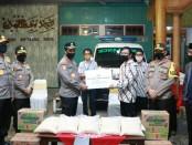 Kabaharkam Polri Komjen Pol Agus Andrianto, melakukan kunjungan ke kampung Tangguh di Kelurahan Rangkah, Kecamatan Tambaksari, Kota Surabaya - foto: Istimewa