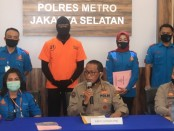 Kabid Humas Polda Metro Jaya, Kombes Pol. Yusri Yunus memimpin konferensi pers pengungkapan tindak pidana narkotika oleh Satresnarkoba Polres Metro Jakarta Selatan, Senin, 1 Juni 2020 - foto: Istimewa