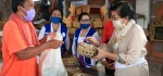 Dukung Aksi Sosial IWAPI dan KPRP Bali, Putri Koster Sumbang Beras