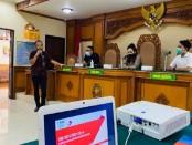 Pengadilan Negeri (PN) Gianyar menyelenggarakan sosialisasi sistem manajemen anti penyuapan SNI ISO 37001:2016, di ruang sidang Candra PN Gianyar, Jumat (12/6/2020) - foto: Catur/Koranjuri.com