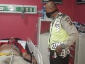 Korban dalam kondisi meninggal dunia saat perjalanan menuju RS Sanjiwani Gianyar - foto: Catur/Koranjuri.com