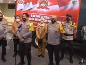 Kapolda Metro Jaya Irjen Pol Nana Sudjana mengunjungi Asrama Polri di Petamburan, Jakarta Pusat - foto: Bob/Koranjuri.com