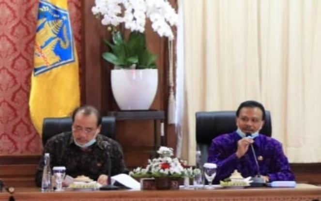 Sekda Provinsi Bali Dewa Made Indra (kanan) bersama Wakil Ketua DPRD Provinsi Bali Nyoman Sugawa Kory - foto: Istimewa