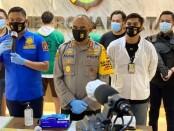Satuan Reserse Narkoba Polres Jakarta Barat menangkap 3 Pelaku yang diduga memasok sabu-sabu kepada bintang FTV Ridho Ilahi - foto: Istimewa