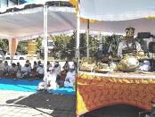 Bersama Parisadha Hindu Dharma Indonesia (PHDI) Pusat dan PHDI Bali serta Maha Gotra Pasek Sanak Sapta Rsi (MGPSSR, kampus ITB STIKOM Bali menggelar doa bersama 'Shanti Puja Samgraha', Kamis, 2 Juli 2020 - foto: Koranjuri.com