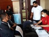 Laporan ke Direktorat Kriminal Khusus Polda Bali ditempuh atas dugaan komentar penghinaan terhadap pemimpin redaksi portal beritabalionline, Sabtu, 11 Juli 2020 - foto: Istimewa