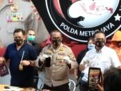 Narkoba: Artis dan Model berdarah campuran Catherine Wilson ditangkap Direktorat Resnarkoba Polda Metro Jaya Jumat (17/7/2020) - foto: Bob/Koranjuri.com
