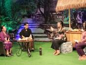 Ketua TP PKK Provinsi Bali menjadi narasumber dalam program 'Wirasa' yang mengangkat tema 'Peran PKK Dalam Meningkatkan Ekonomi Keluarga Pada Tatanan Kehidupan Era Baru', di Denpasar, Selasa (11/8/2020) malam - foto: Istimewa