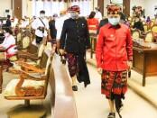 Gubernur Bali Wayan Koster dan Wagub Tjokorda Oka Artha Ardhana Sukawati menghadiri Sidang Paripurna Istimewa DPRD Bali pada Peringatan HUT ke-62 Provinsi Bali, di Gedung DPRD Bali, Jumat, 14 Agustus 2020 - foto: Istimewa