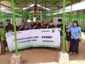 Para petinggi KOIN, saat melakukan kunjungan ke lokasi pembangunan kandang di Desa Winong Kidul, Gebang, Purworejo, Sabtu (22/08/2020) - foto: Sujono/Koranjuri.com