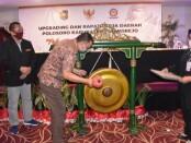 Bupati Purworejo Agus Bastian, saat membuka Rakerda Polosoro di Yogyakarta, Sabtu (05/09/2020) - foto: Sujono/Koranjuri.com