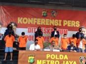 Penyelenggara pesta sesama jenis ditetapkan sebagai tersangka oleh Polda Metro Jaya - foto: Bob/Koranjuri.com