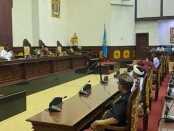 Sidang paripurna pengesahan APBD perubahan tahun 2020 di Kantor DPRD Gianyar, Kamis (3/9/2020) - foto: Catur/Koranjuri.com
